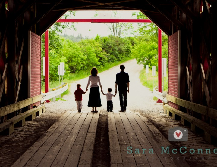 Under the bridge ~ Ottawa Family Photographer