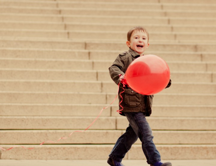 The Red Balloon Project ~ Ottawa Photographer