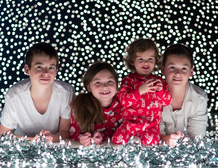 Twinkling Lights ~ Ottawa Christmas Photography Sessions