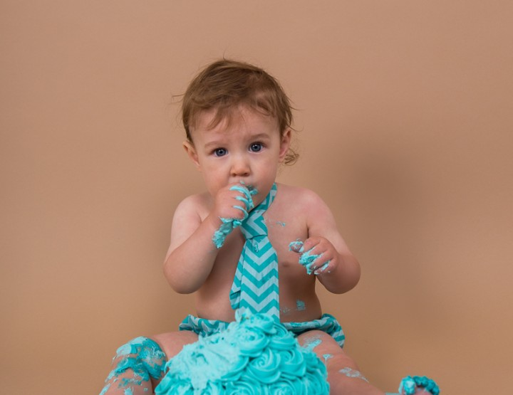 First Birthday Cake Smash ~ Ottawa Baby Photographer