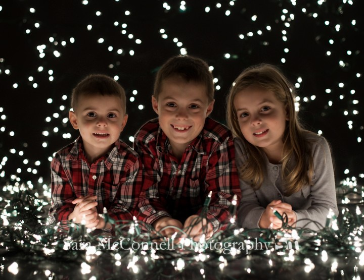 Holiday Light Mini Sessions ~ Ottawa Family Photographer