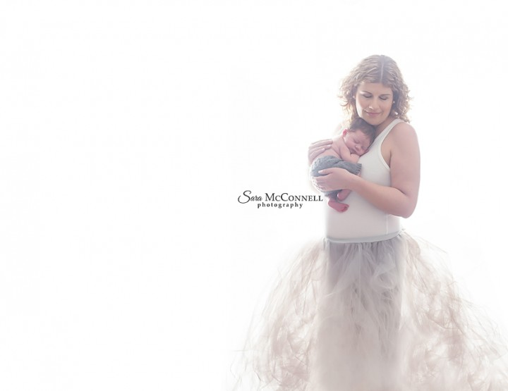The difference between a maternity session and newborn session