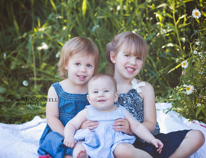 Ottawa Family Photographer | Kids love their pets