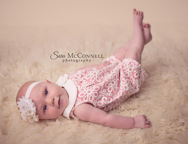 Ottawa Baby Photographer | Headbands and Bloomers