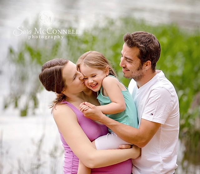 Ottawa Maternity Photographer | Beach Smiles