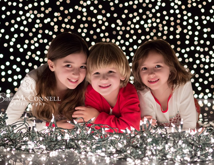 Ottawa Family Photographer | Holiday Lights and Bright Smiles