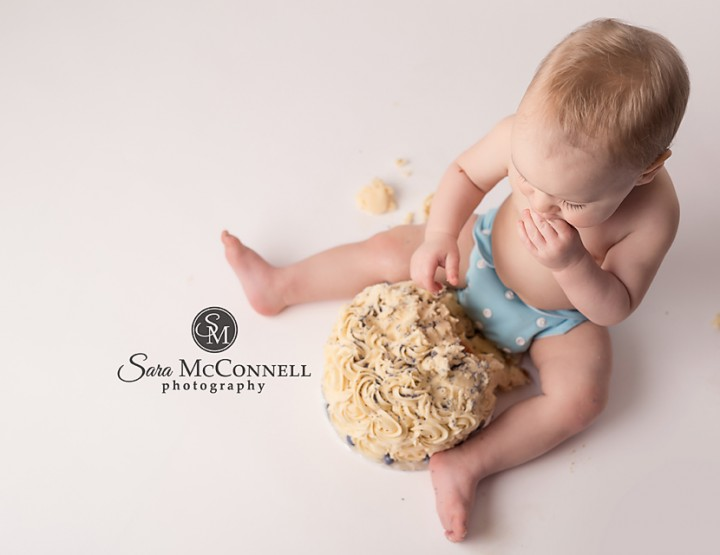 Ottawa Cake Smash Photos | How babies change