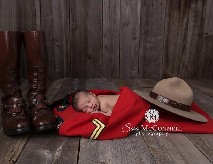 Ottawa Newborn Photographer | 5 Days old