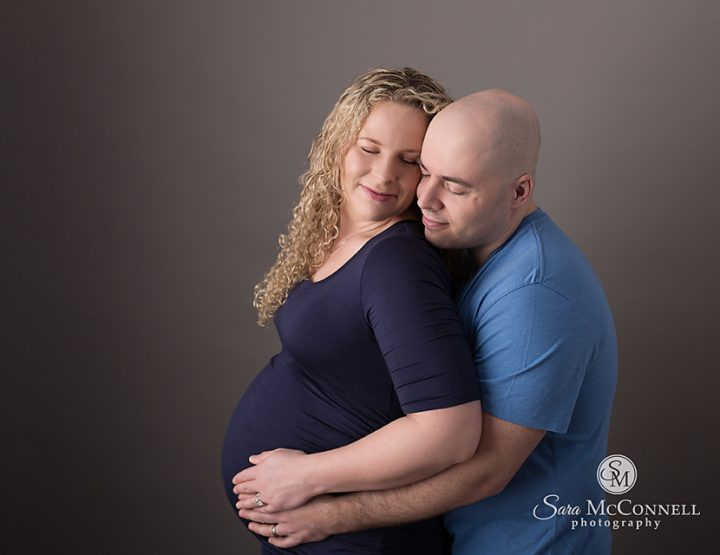 Ottawa Maternity Photographer | Beautiful in Blue