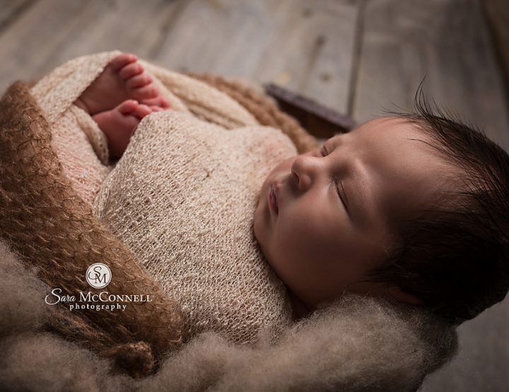 Ottawa Newborn Photography | Perfect Poser