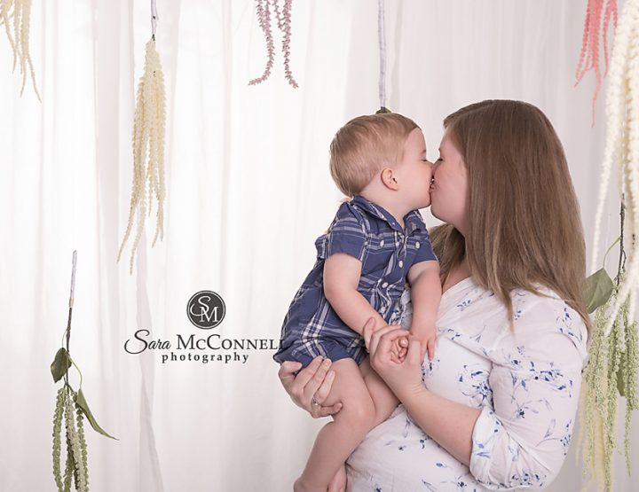 Ottawa Family Photographer | Mother's Day Photos