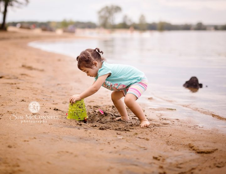Ottawa Family Photographer | Happy at the beach