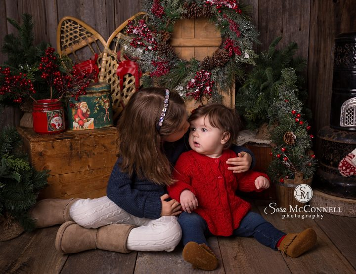 Ottawa Family Photographer | Christmas at the Cabin 2016