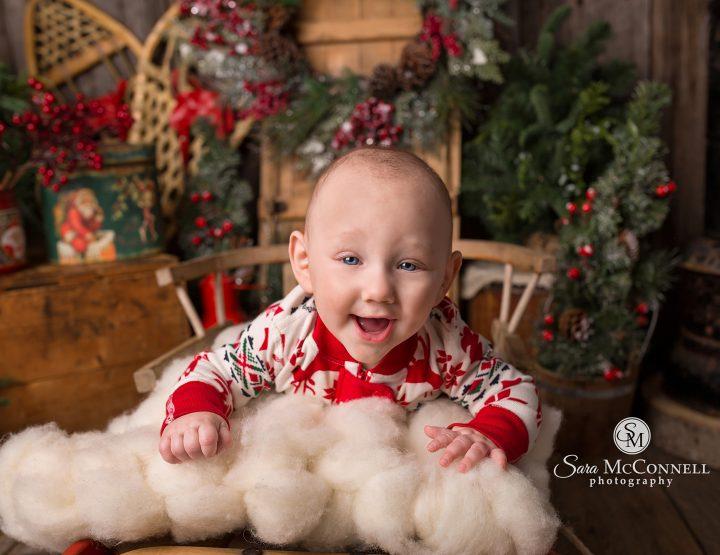 Ottawa Family Photographer | Capturing Christmas