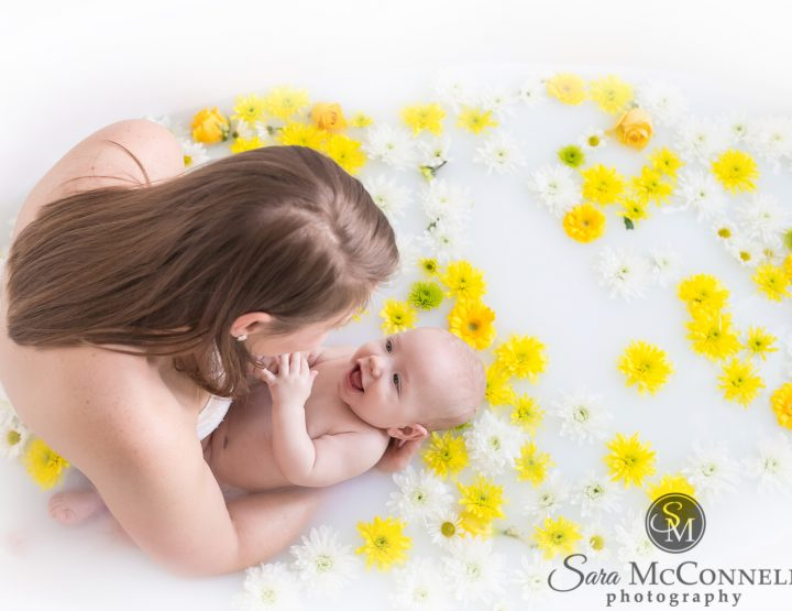 Ottawa Baby Photographer | Milk Bath Breastfeeding Session