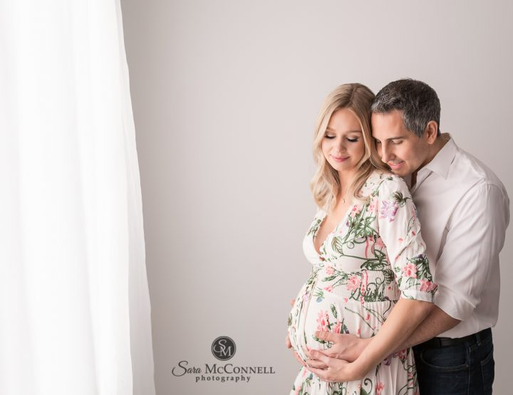 Ottawa Maternity Photographer | Magical experience of pregnancy