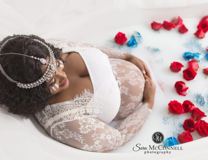 Ottawa Maternity Photography | Milk Bath