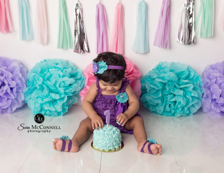 Ottawa Baby Photographer | Bright Birthday Colours