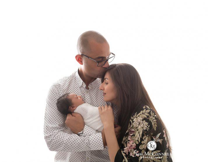 Ottawa Newborn Photographer   Kisses