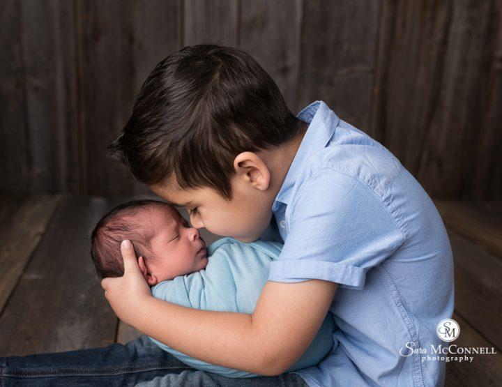 Ottawa Newborn Photographer | Big Brother Smiles