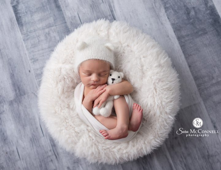 Ottawa Newborn Photographer | Relaxed and happy