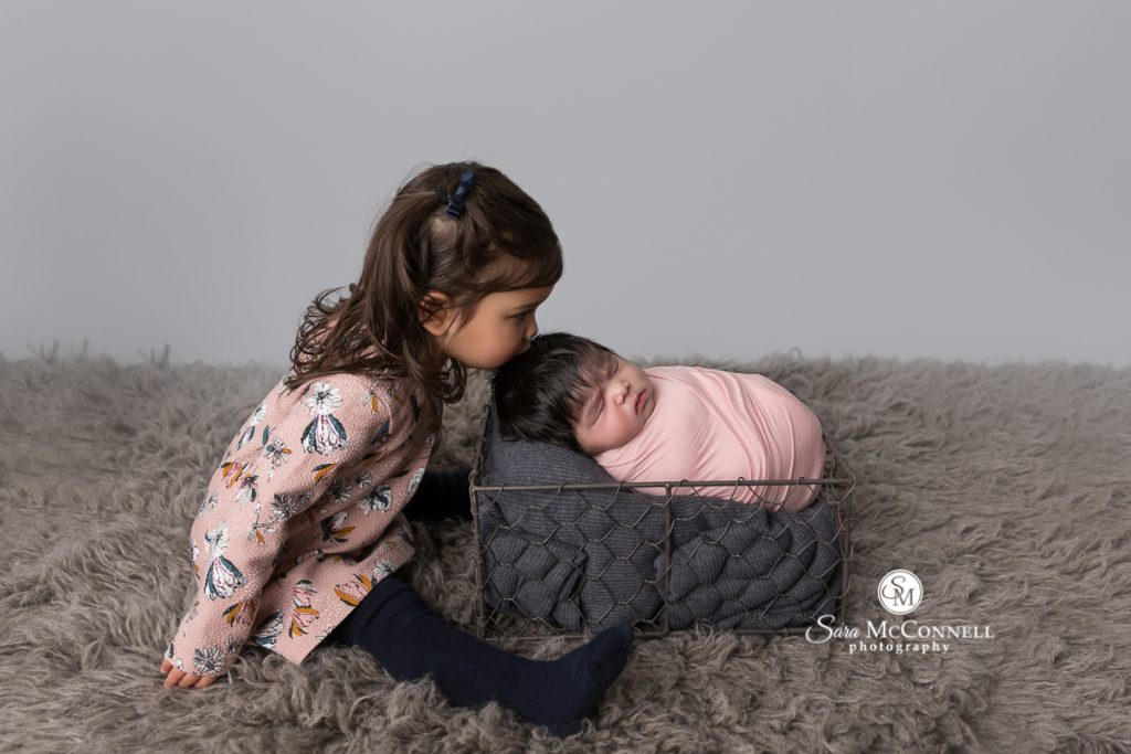 newborn photographer in ottawa