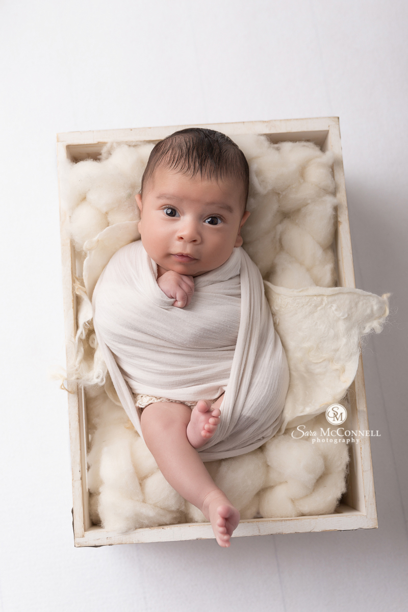 Ottawa newborn photographer Sara McConnell Photography
