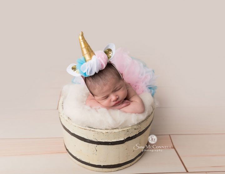 Ottawa Newborn Photographer | Newborn Love