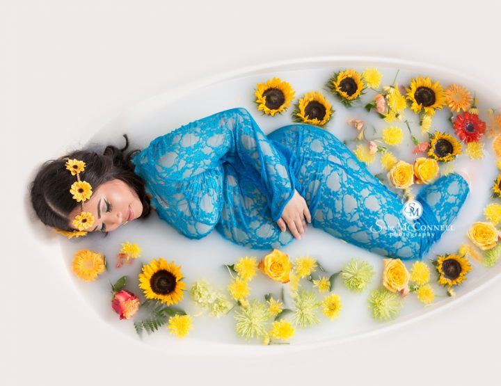 Ottawa Maternity Photographer | Milk Bath with Sunflowers