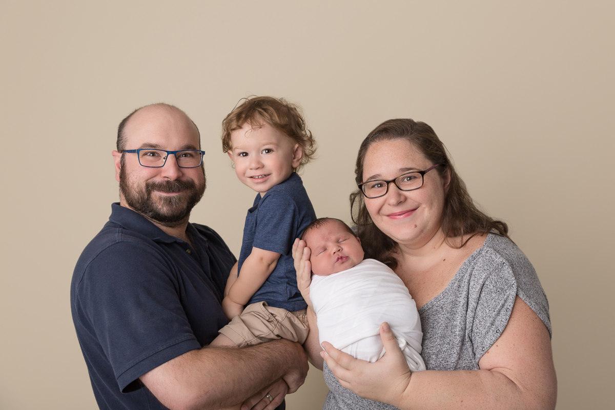 Ottawa newborn photos by Sara McConnell Photography