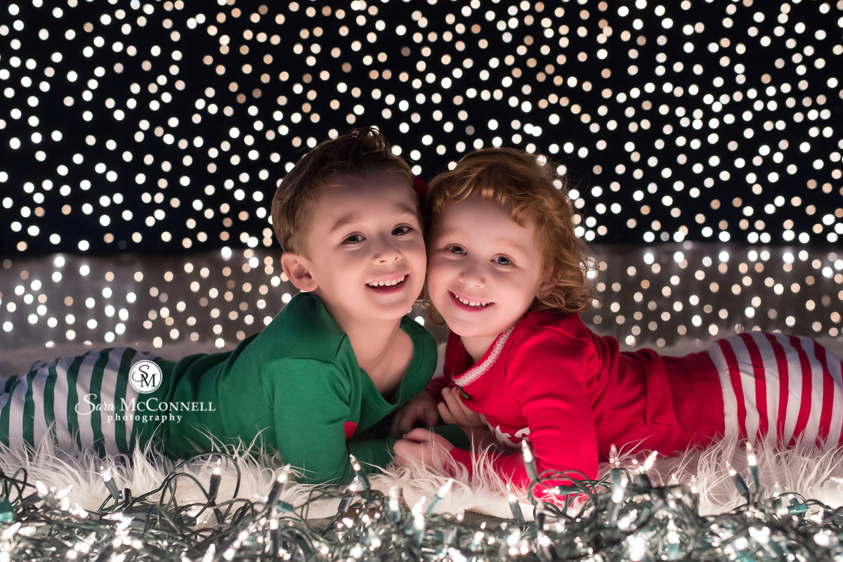 Holiday lights with children by sara mcconnell photography
