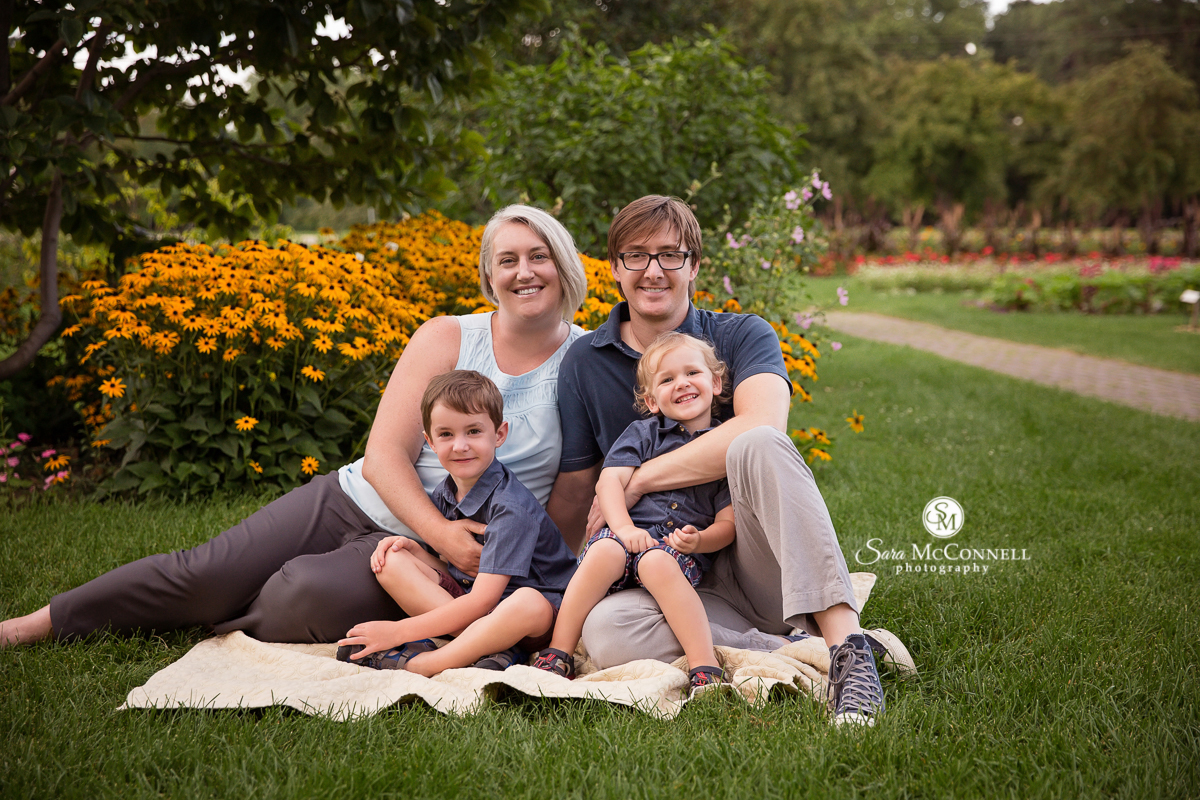 Ottawa family photos by Sara McConnell Photography