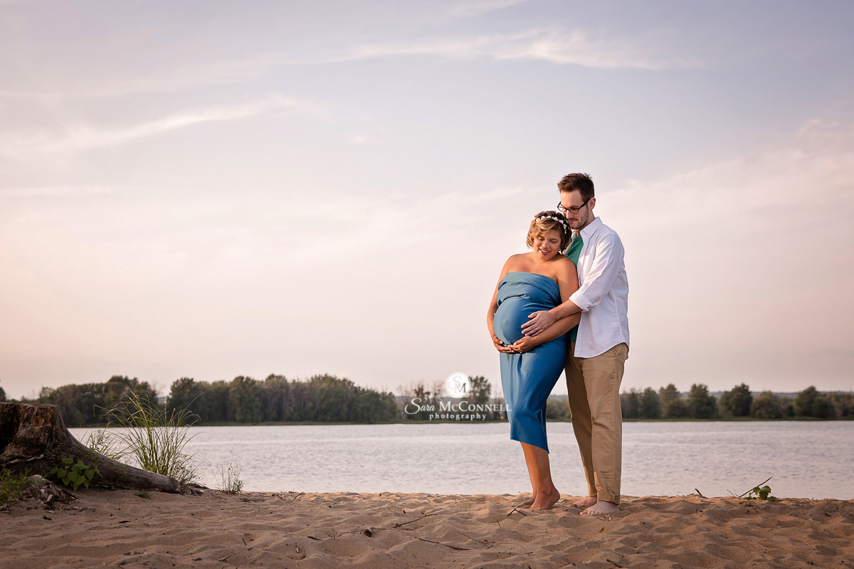 Ottawa maternity photos on the beach by Sara McConnell Photography
