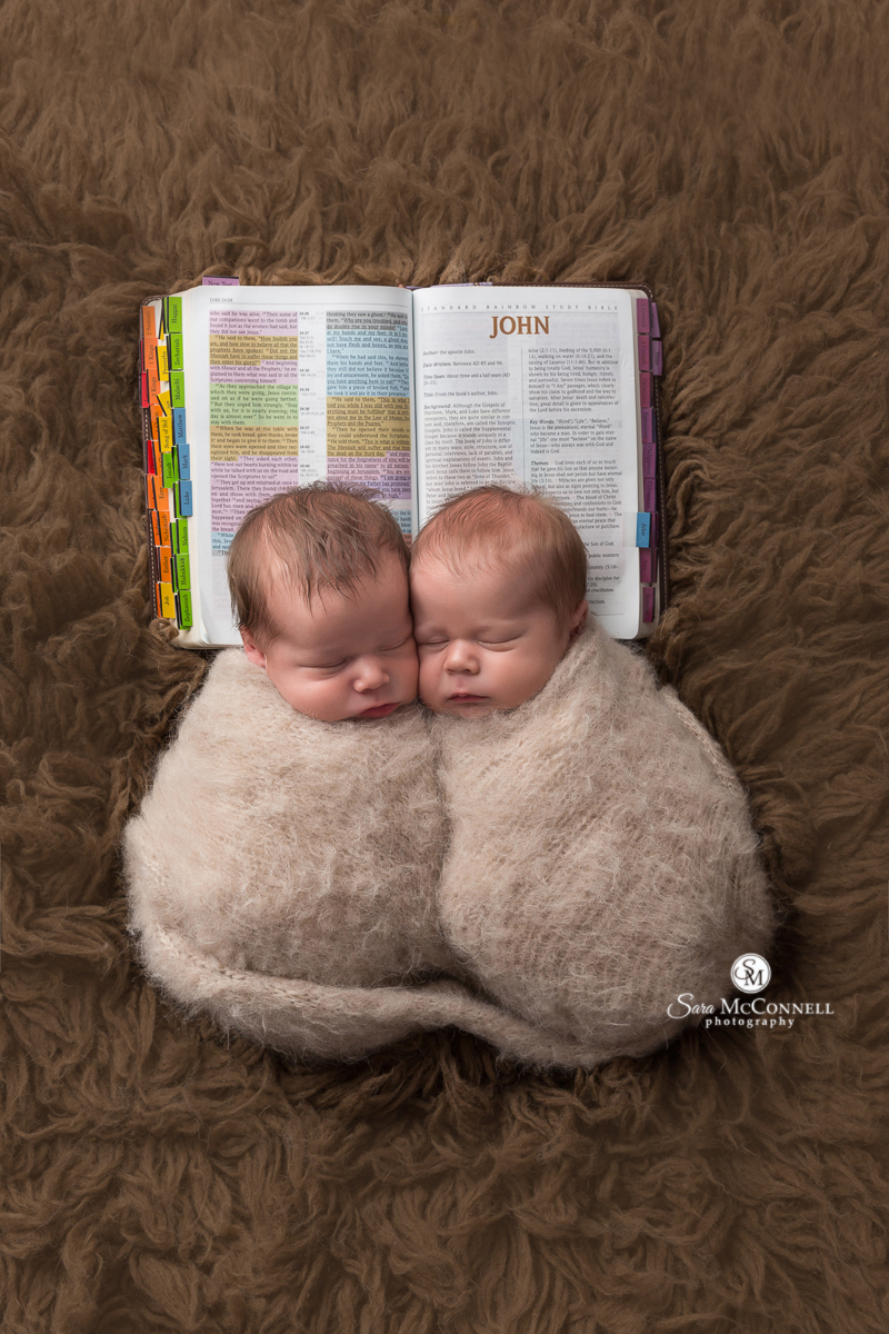 Ottawa newborn twins photo