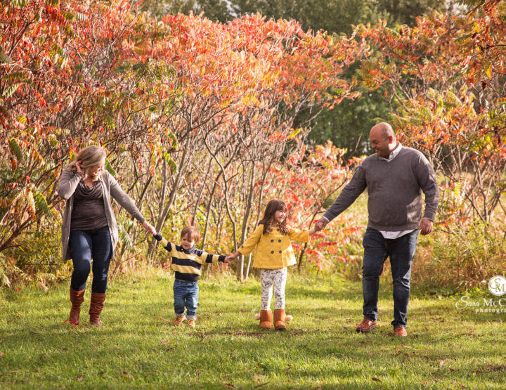 Family Photos in the Fall in Ottawa