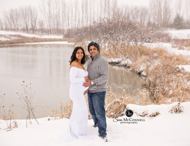 Ottawa Maternity Photographer | In the Snow