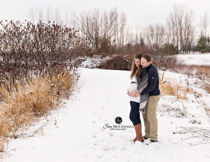 Outdoor Winter Maternity Session in Ottawa