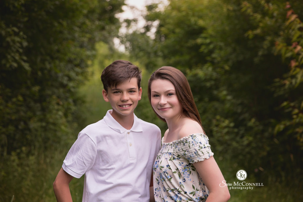 brother and sister for outdoor spring photos