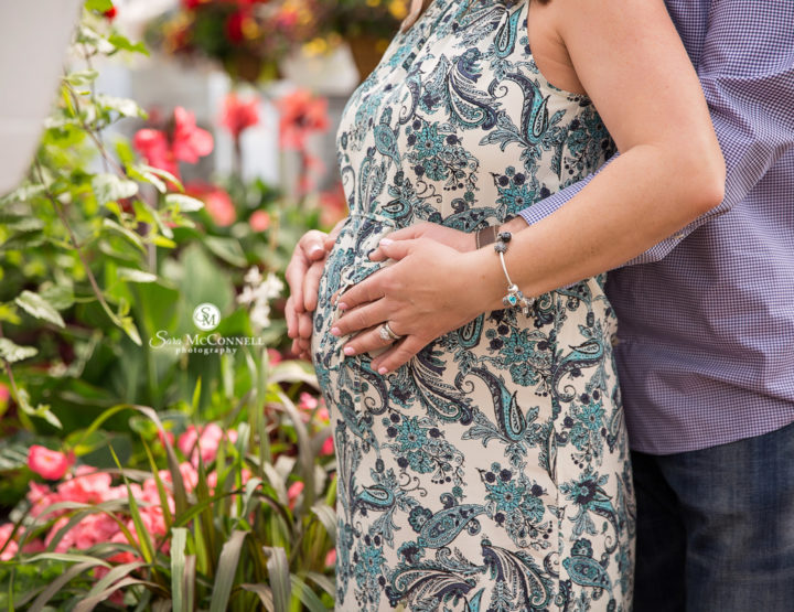 A Beautiful Maternity Session in the Greenhouse