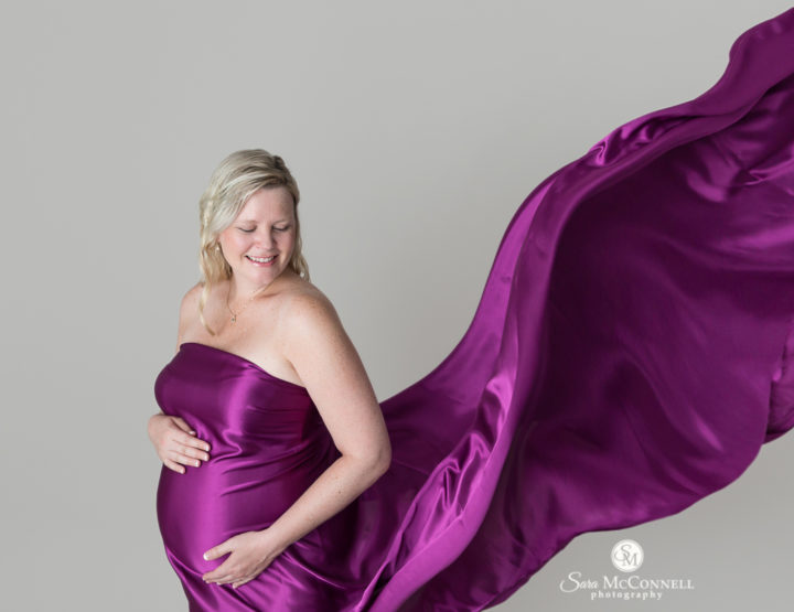 Ottawa Maternity Photographer | Expecting in blue and purple