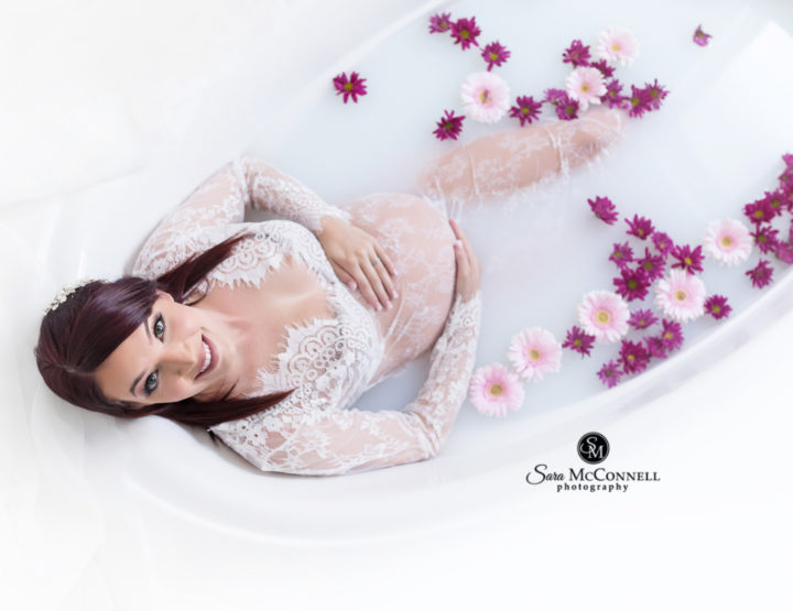 Milk Bath | Ottawa Pregnancy Photos