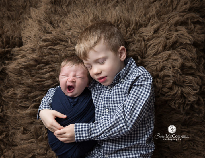 Ottawa Newborn Photographer | A sleepy yawn