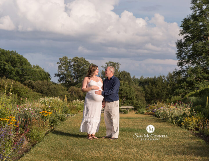 Summer Maternity Session | Ottawa Photographer