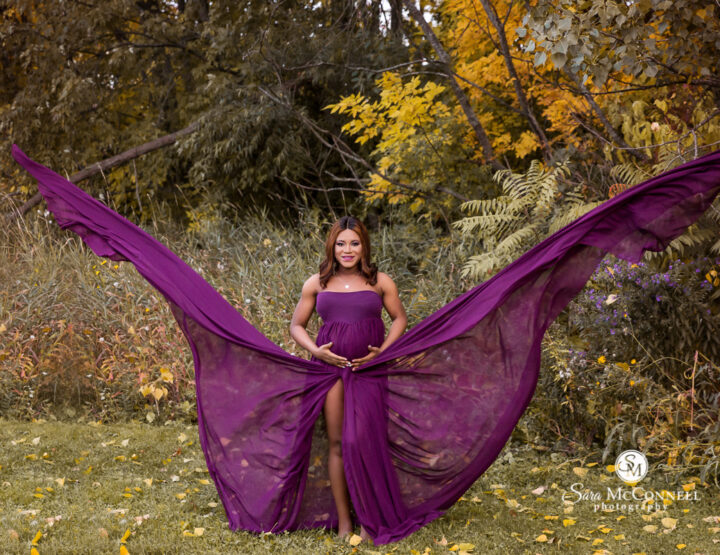 Gowns & Gorgeous Fall Colours | Ottawa Maternity Session