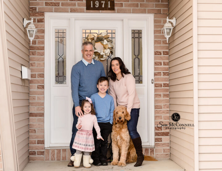 Front Porch Family Session | Ottawa Photographer