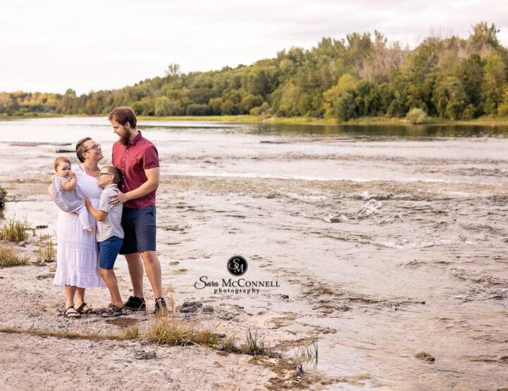 Under the Bridge | Ottawa Family Photographer